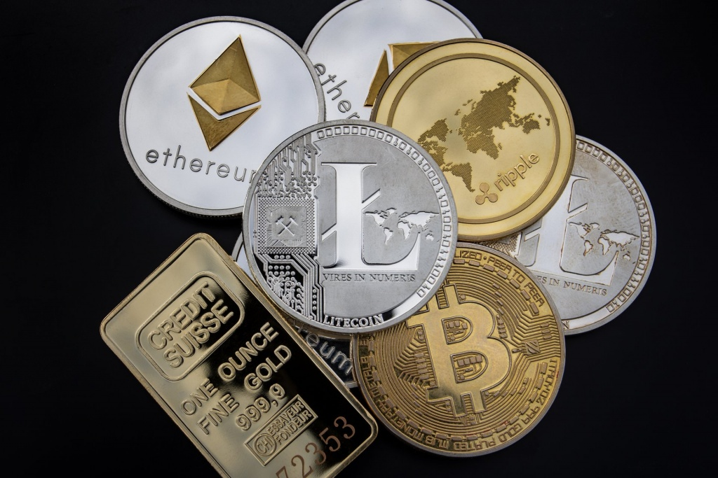 most popular altcoins